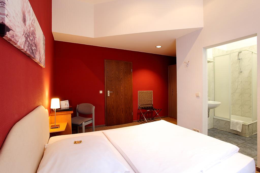 Ber hotel nova berlin und zimmer galerie von hotel for Zimmer berlin